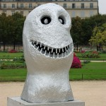Plastik im Garten des Louvre