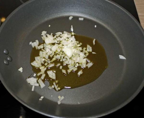 Vorbereitungen für die Sauce